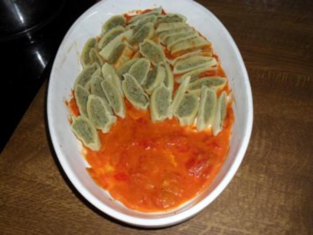 Maultaschen in Tomatensoße mit Schinken und Käse überbacken Bilder sind online - Rezept - Bild Nr. 6