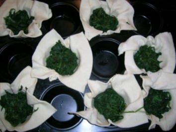 Blätterteig-Spinat-Muffins - pur zum Wein (lauwarm) oder als Beilage - Rezept