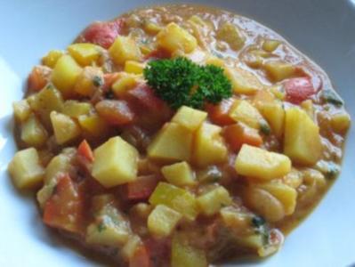 Kartoffel-Paprika Gulasch - Rezept