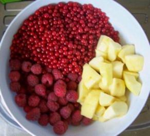 Einmachen: Johannisbeer-Himbeer-Apfel - Gelee - Rezept
