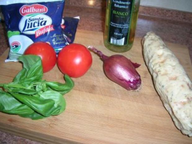 Salat von der Knödelrolle- mediterran angehaucht, echt lecker und keine Restaurantportion - Rezept - Bild Nr. 5
