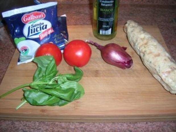 Salat von der Knödelrolle- mediterran angehaucht, echt lecker und keine Restaurantportion - Rezept - Bild Nr. 6