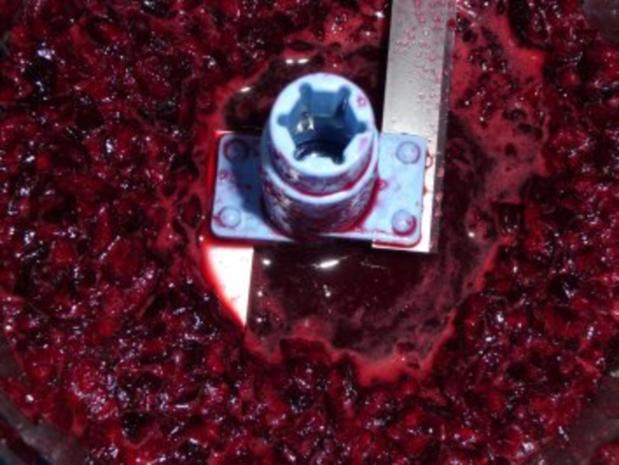 Buttermilch - Kirscheis mit Stückchen - Rezept - Bild Nr. 6