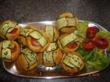 Pikante Kuchen : Zuccini-Käse-Muffins - Rezept