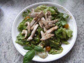 Hühnerfilet auf Blattsalat - Rezept