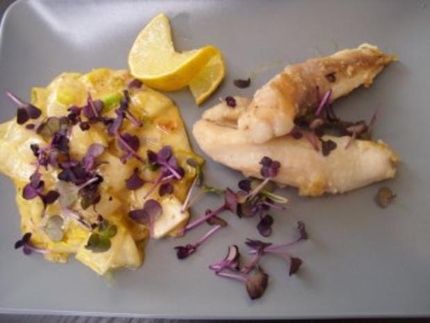 Warmer Chicoree mit Seeteufelfilets und Rettichsprossen - Rezept