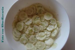Salate: Brigittes Gurkensalat - Rezept