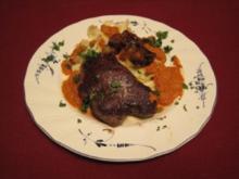 Filetsteak vom jungen Rind an frischen Nudeln mit karamellisierten Rotwein-Schalotten - Rezept