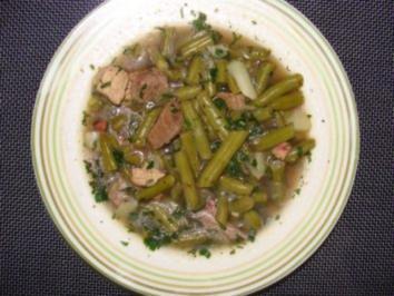 Grüne bohneneintopf mit rindfleisch