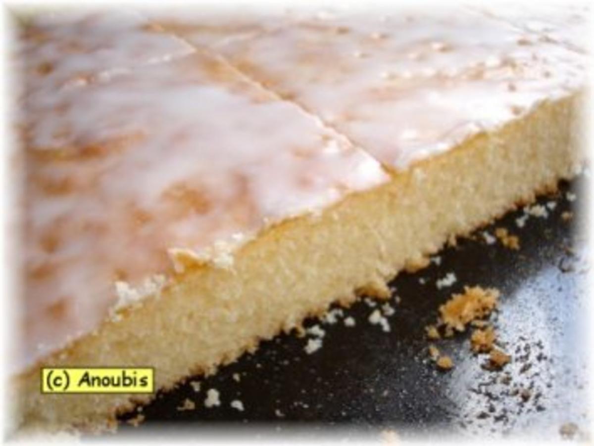 kuchen gebäck zitronen blechkuchen