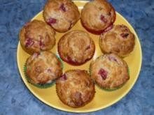 nussige Erdbeermuffins - Rezept