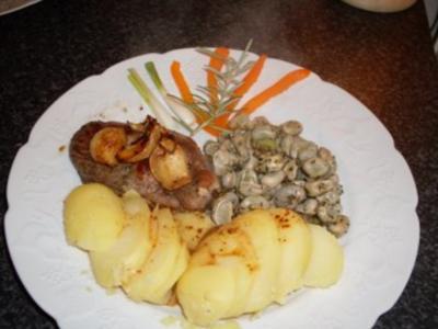Lammkeulenscheibe mit Knoblauch... - Rezept