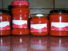 Tomatengelee - klasse zu geröstetem Baguette oder einfach nur zu Steaks jeglicher Art - Rezept