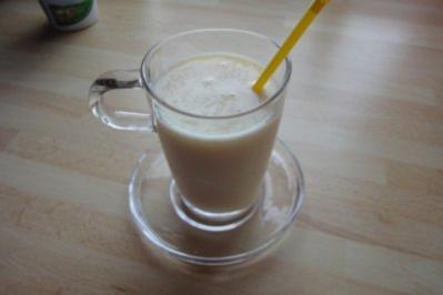 Nektarinen-Buttermilch-Shake - Rezept