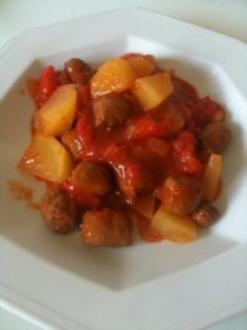 Tomaten-Kartoffelpfanne mit Merguez - Rezept