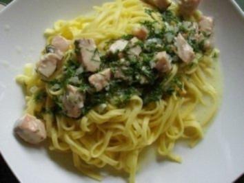 Fisch : Affäre mit Lachs in beschwipster Dillsahnesoße und Pasta - Rezept