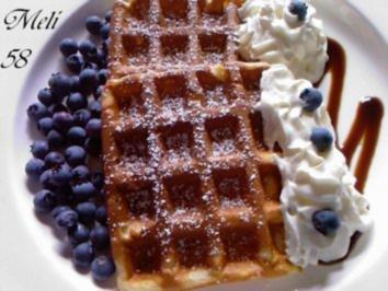 Rezept: Desserts: Quarkwaffeln mit Heidelbeeren