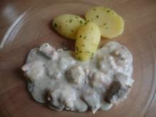 Lachs-Krabben-Soße mit Petersilienkartoffeln - Rezept