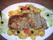 Mediterraner Hackbraten mit Sauce Gribiche und nicht ganz stilecht - Bratkartoffeln - Rezept