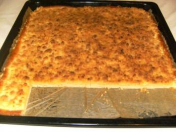 BLECHKUCHEN - Streuselkuchen mit Sahne - Rezept