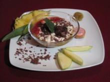 Rosinen-Mandelröllchen auf feinem Apfelschnee - Rezept