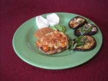 Marinierte Auberginen, Mozzarella an zwei Soßen und gefüllte Champignons - Rezept