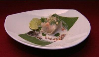 Rezept: Lachsfilet im Reisblatt an Kaviar (Maike von Bremen)