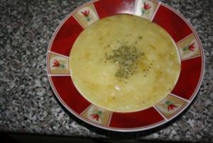KARTOFFEL-ZUCCHINI SUPPE - Rezept
