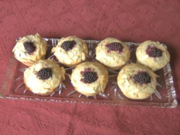 Brombeer - Muffins - Rezept - Bild Nr. 3