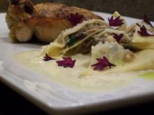 Estragon-Maispoularde zu Edelpilzravioli an einer Beurre blanc - Rezept