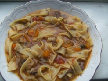 Rezept: Nudelsuppe mit Rindfleisch gekocht