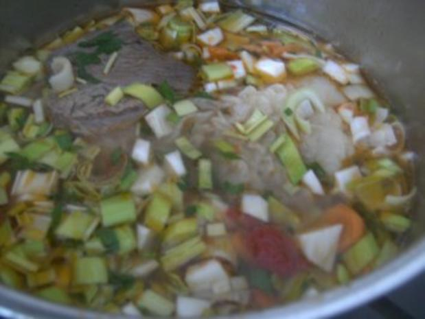 Nudelsuppe mit Rindfleisch gekocht - Rezept - Bild Nr. 4