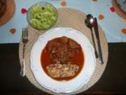 Schwein - Gemüsegulasch vom Schwein mit Semmelkloß - Rezept