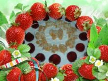 Erdbeer - Knuspertorte - Rezept