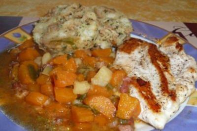 Gemüse: Geschmorte Karotten mit Hähnchenbrustfilet - Rezept