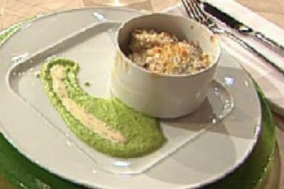 Rezept: Gratin vom Berliner Eisbein mit Sauerkraut, Erbsenpüree und Senfsoße á la Kleeberg