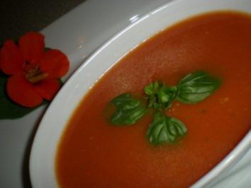 feines, schnelles Tomaten Süppchen - Rezept