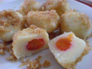 Rezept: Zwetschgenknödel in Butterbröseln