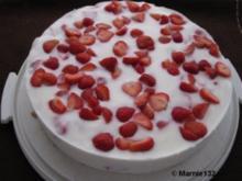 Joghurt-Erdbeer- Torte - Rezept