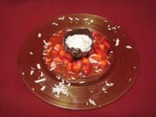 Kokos-Sorbet mit Erdbeer-Ragout - Rezept