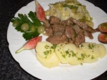Kalbsleberstreifen in Feigen-Portwein-Sauce mit Spitzkohl & Kartoffelscheiben - Rezept