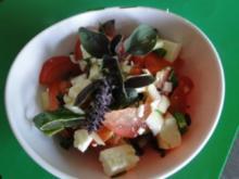 Tomatensalat mit Schafskäse              (Fotos) - Rezept