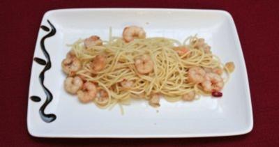 Spaghetti mit Garnelen (Daniela Katzenberger) - Rezept