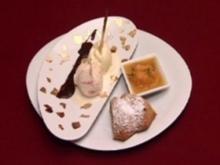 Mandelkuchen mit karamellisierten Rosmarin-Aprikosen und Mandeleis (Ramona Drews) - Rezept