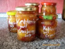 Konfitüre & Co: Nektarine mit Cranberrys - Rezept