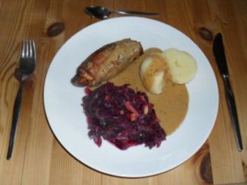 Rezept: Kaninchenfilet in Hagebutten - Portwein - Sauce