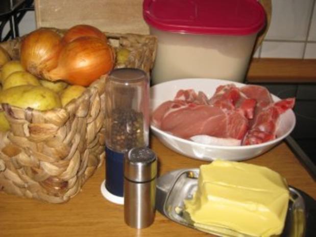 Koteletts mit Zwiebelhaube -Pupsessen - Rezept - Bild Nr. 3