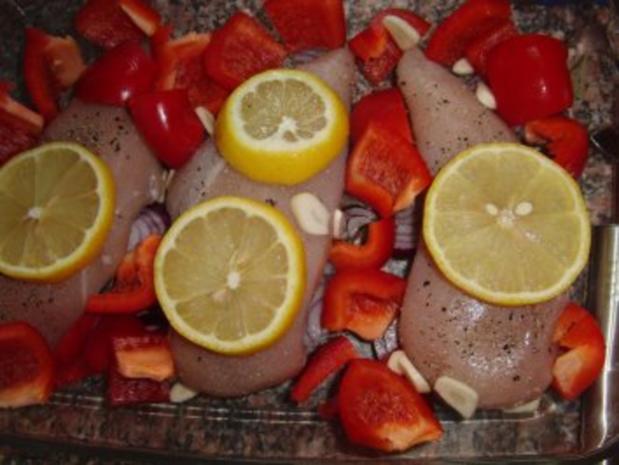 Huhn : Saftige Hähnchenbrust im Bratschlauch, mit Paprika, Tomate und grünen Bohnen - Rezept - Bild Nr. 2