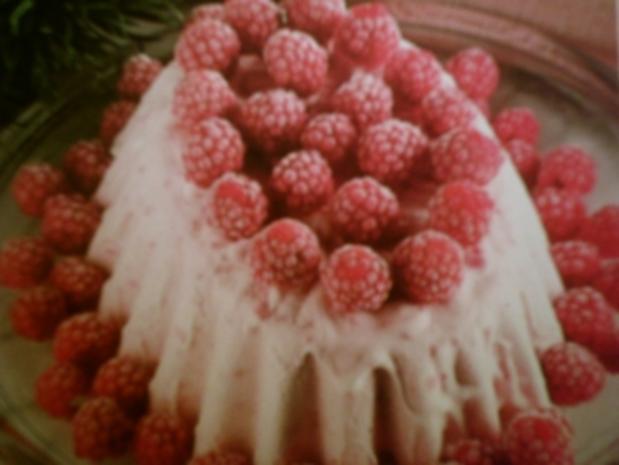 Vanille-Parfait mit Himbeeren - Rezept