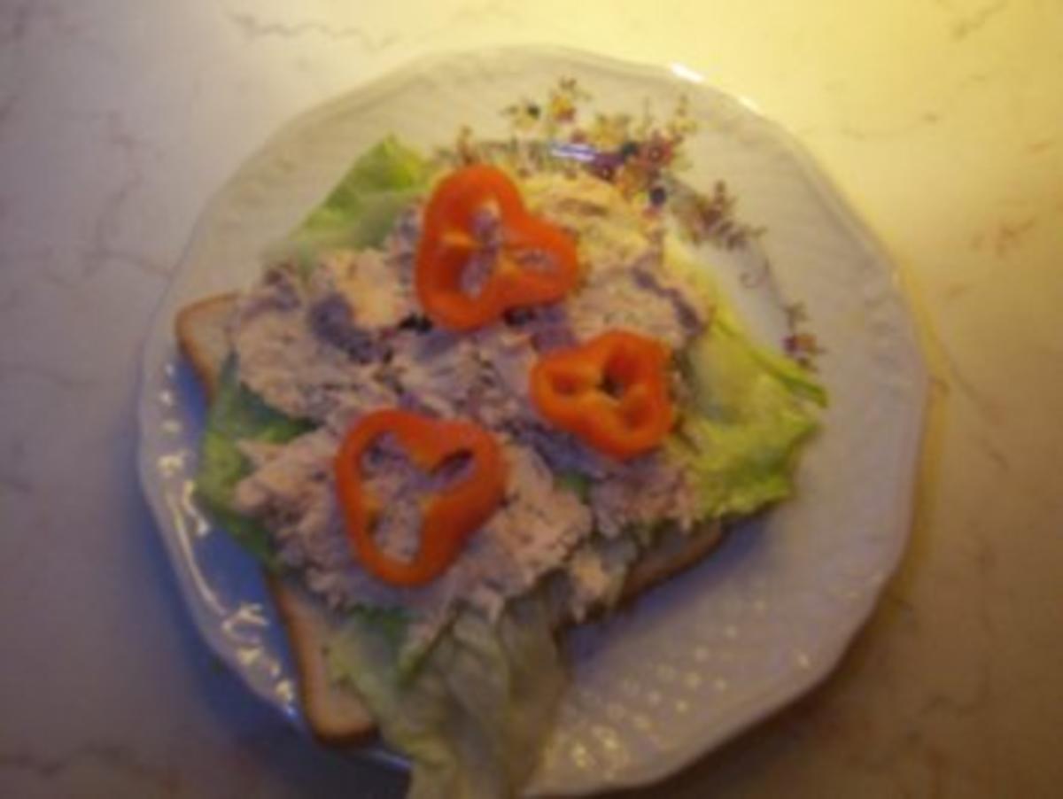 ceasar salad sandwich auf meine art rezept. Black Bedroom Furniture Sets. Home Design Ideas